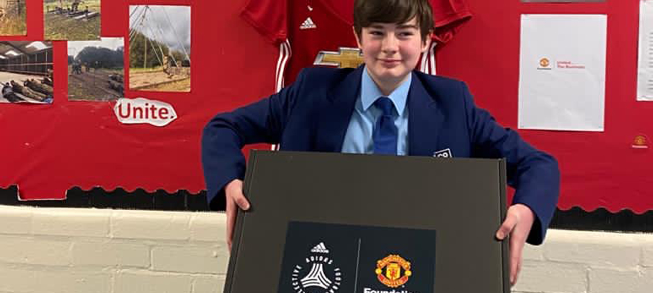 Manchester United Foundation : Adidas on the Move